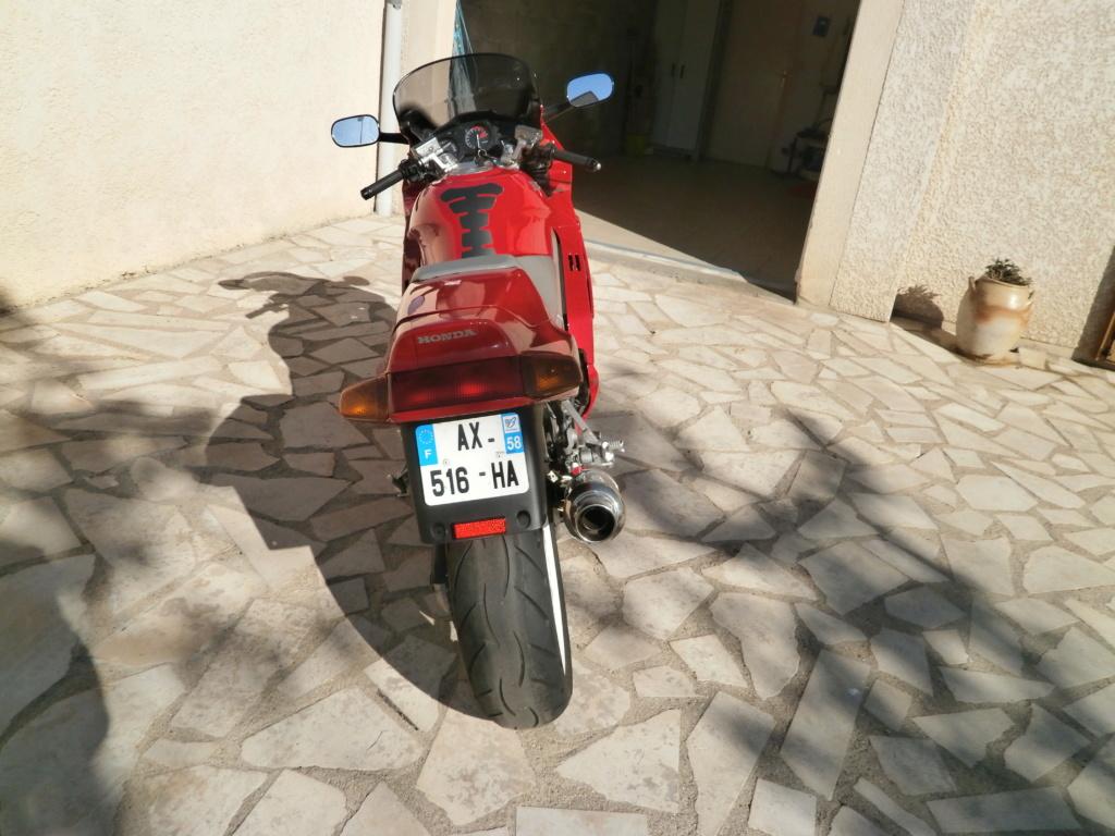 bonjour presentation d un jeune motard de 59 ans  - Page 2 P5110019