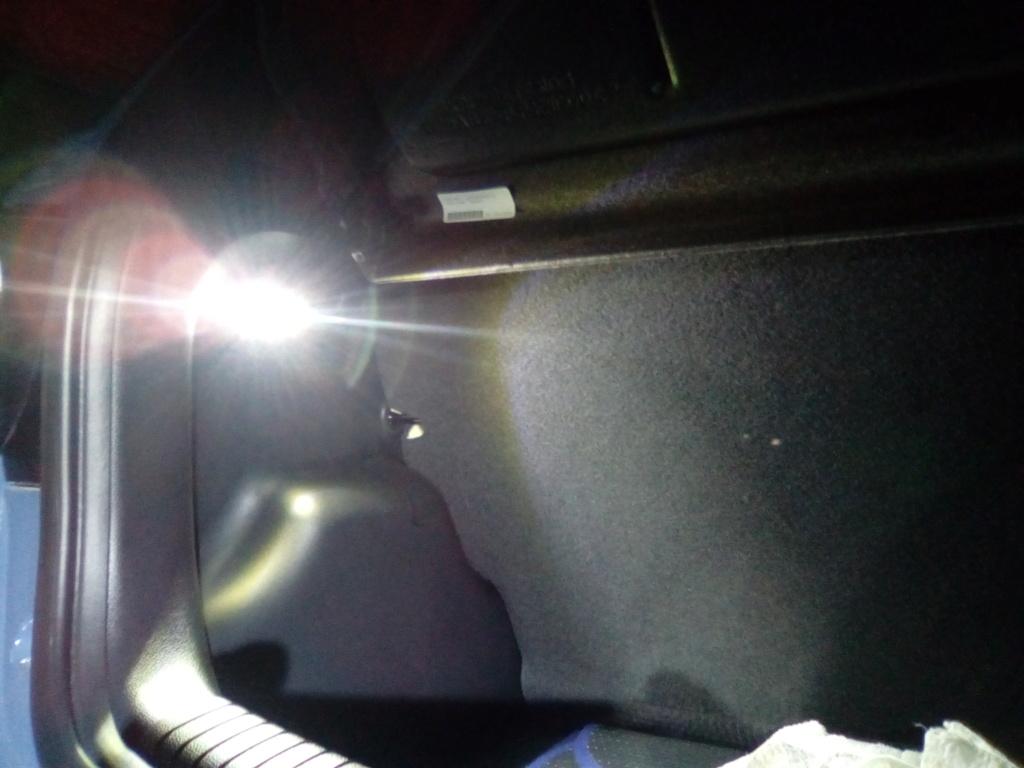 Luz de maletero Img_2012