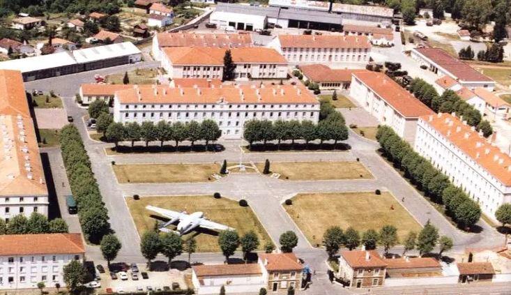 la caserne BOSQUET du 6° RPIMa Le_610
