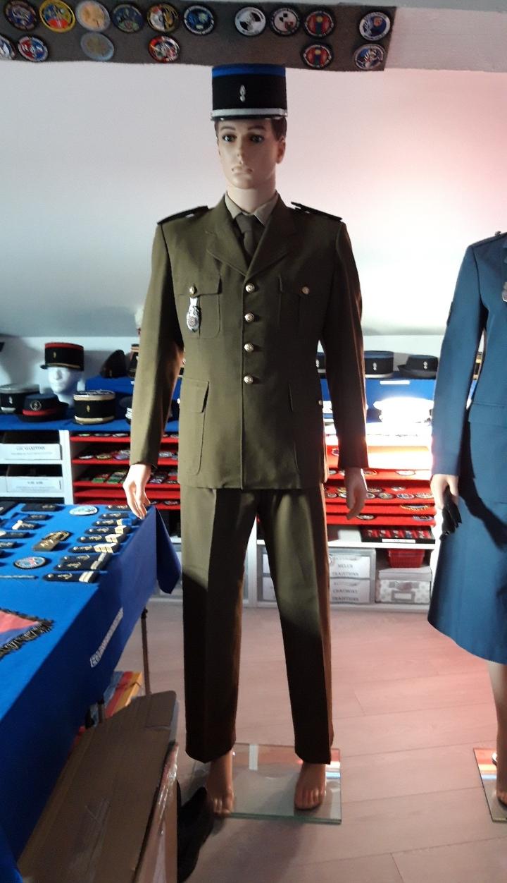 Tenue Gendarmerie Resize10