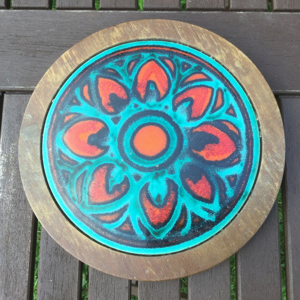 1960s or 1970s Trivet / Teapot Stand - Jersey Pottery  Img_6815