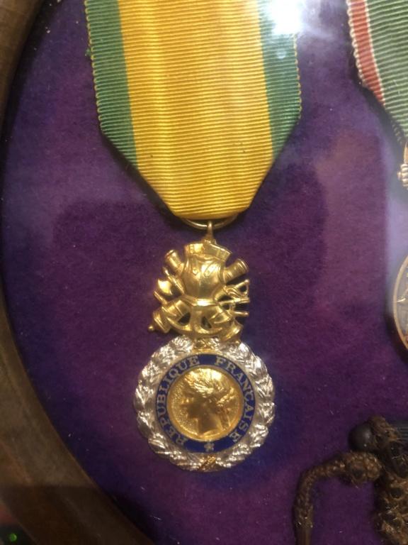 Identifications de médailles et objets 18 eme 41b34e10