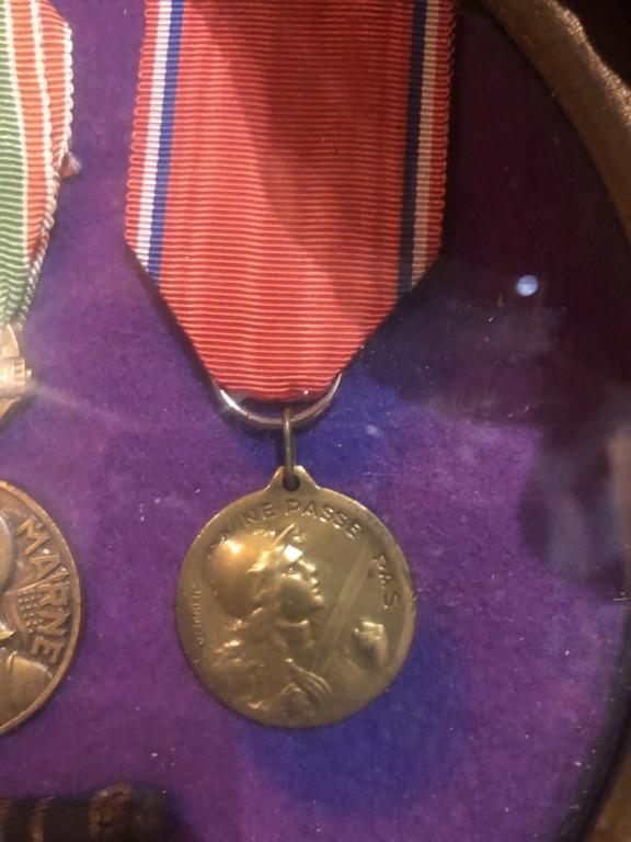Identifications de médailles et objets 18 eme 830e0f10