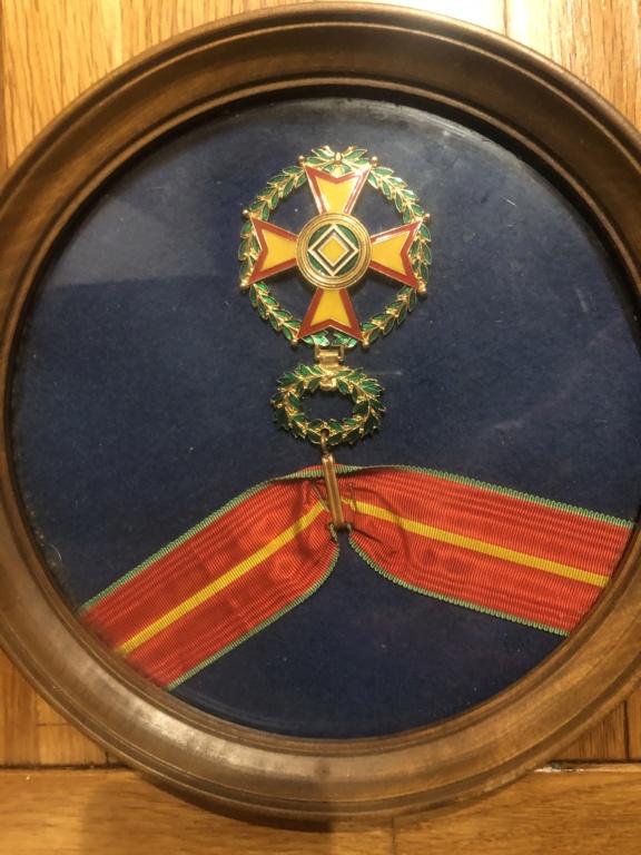 Identifications de médailles et objets 18 eme De10e610