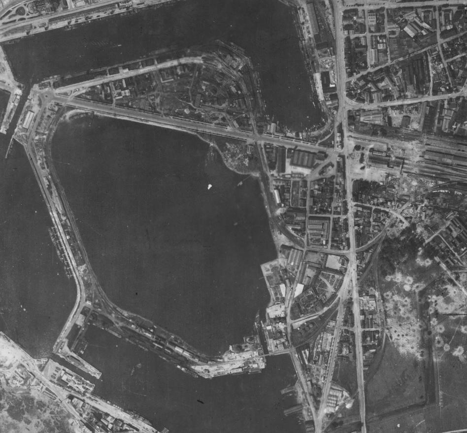Saint-Malo juillet/Août 1944 - 2020  / Photogrammétrie-Satellite 524-710