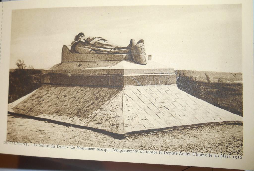Cartes postales les monuments du souvenir 14-18 Monome12