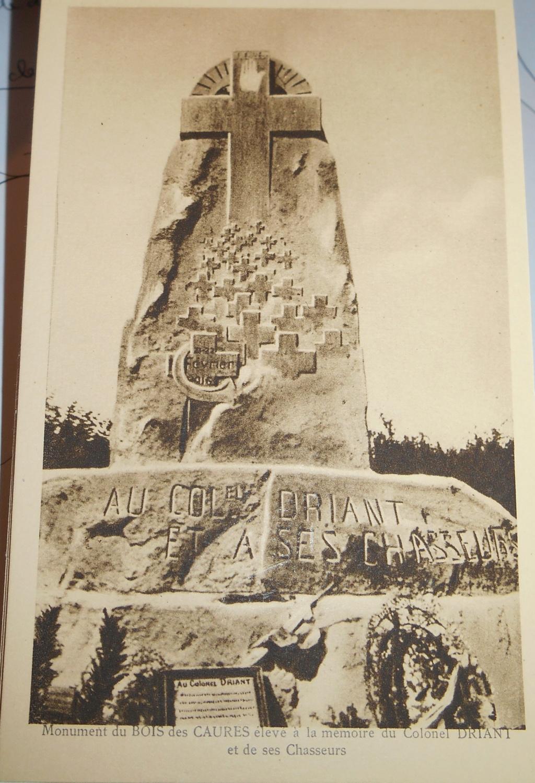 Cartes postales les monuments du souvenir 14-18 Monume12