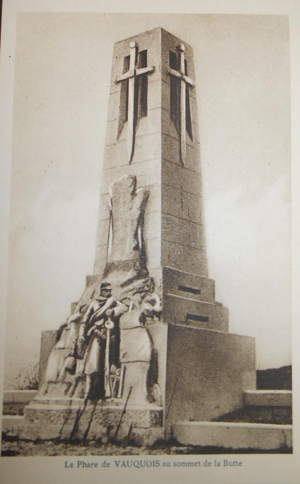 Cartes postales les monuments du souvenir 14-18 Phare_11
