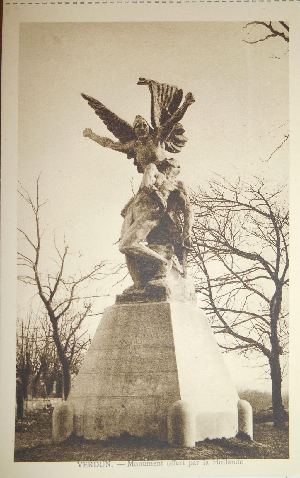 Cartes postales les monuments du souvenir 14-18 Verdun11