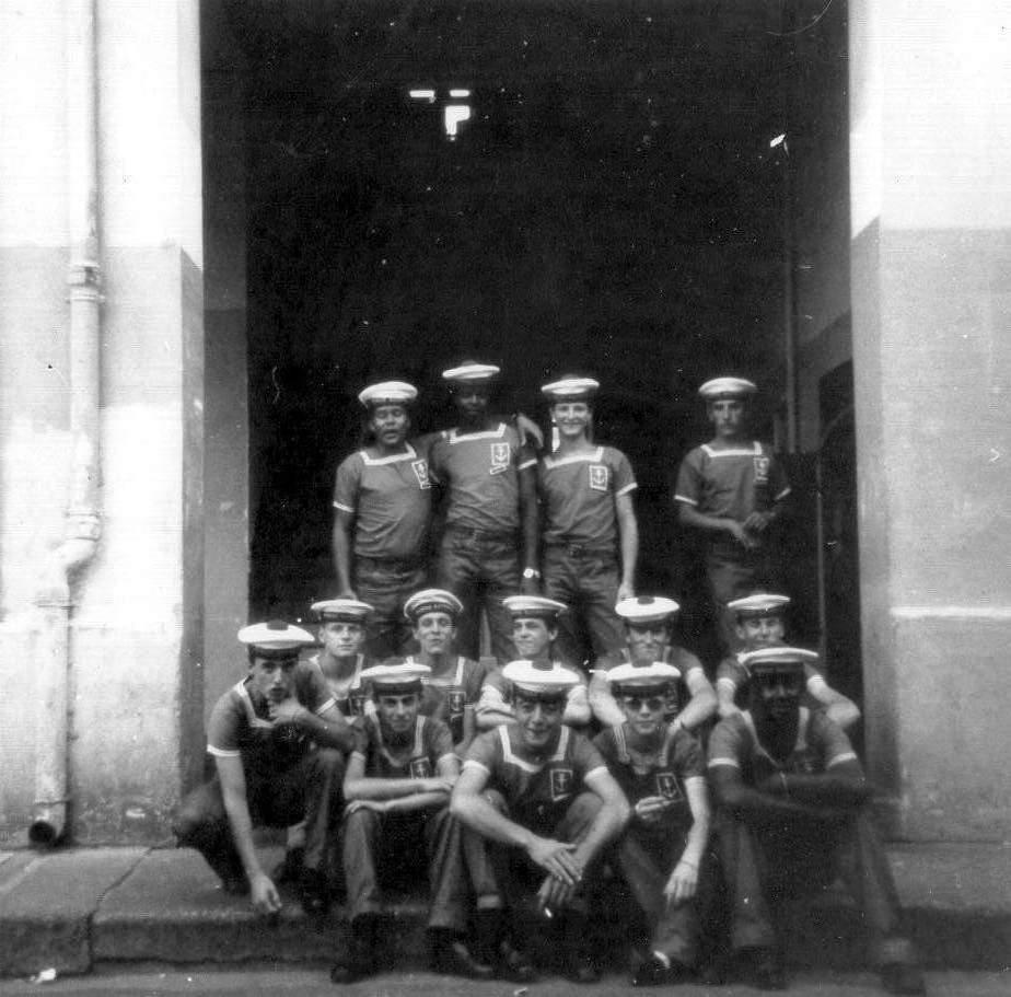 [ Recherches de camarades ] Recherche camarades du CFM Hourtin et du Sous-Marin Doris  année 1972 Img01410