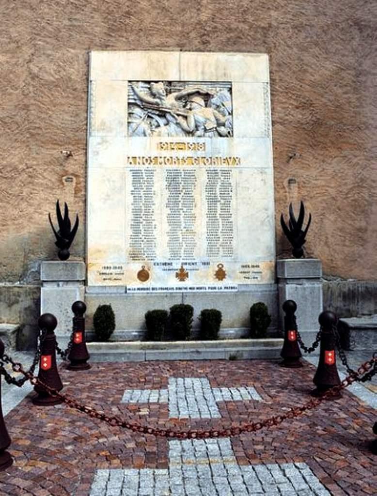 [HISTOIRES ET HISTOIRE] Histoire de l'Alsace et des Alsaciens. 1870 – 2000. Monume10