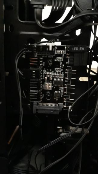 Onde ligar controlador RGB na placa-mãe  20200713