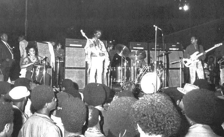 New York (United Block Association Harlem Benefit) : 5 septembre 1969  - Page 2 11730910