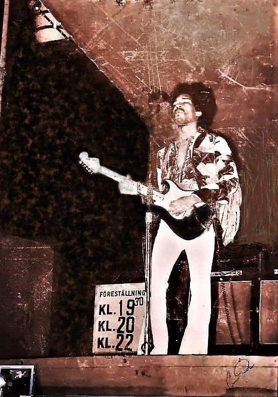 Gothenburg (Stora Scenen) : 1er septembre 1970  Jimi_g15