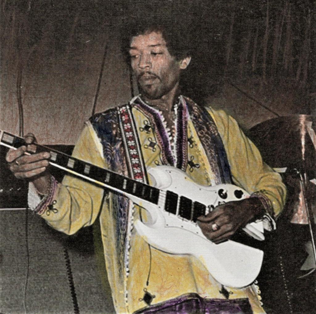 New York (Salvation) : 10 septembre 1969 Jimi_s18