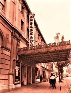 Washington (Ambassador Theatre) : 9-10-11-12 août 1967  Jimi_w11