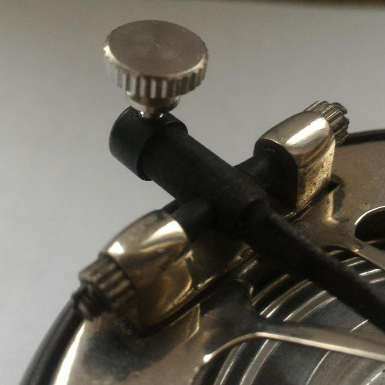 Куплю иглодержатель для патефонной головки Aau10