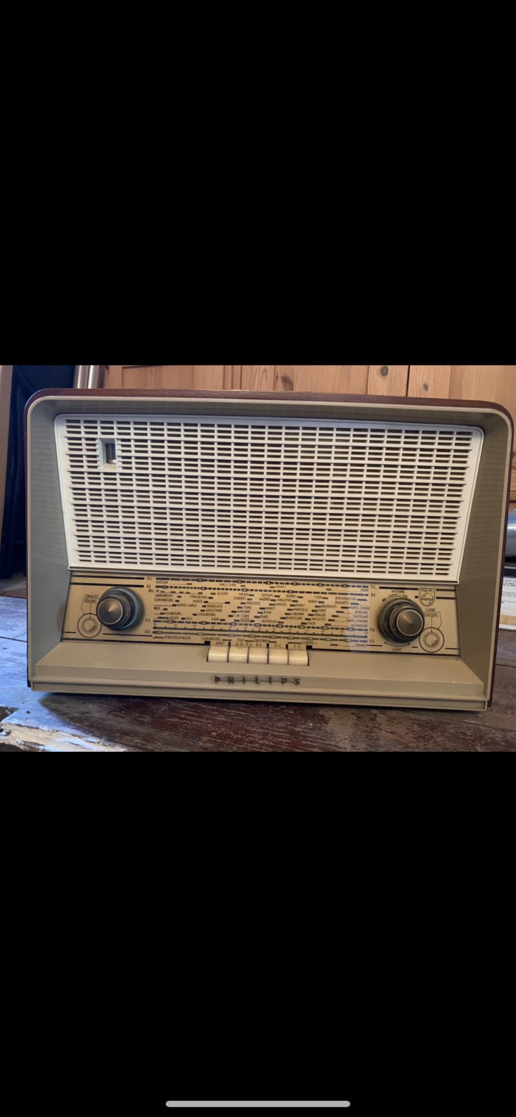 Philips (TSF) Pour une antenne... Peut-être 64011f10