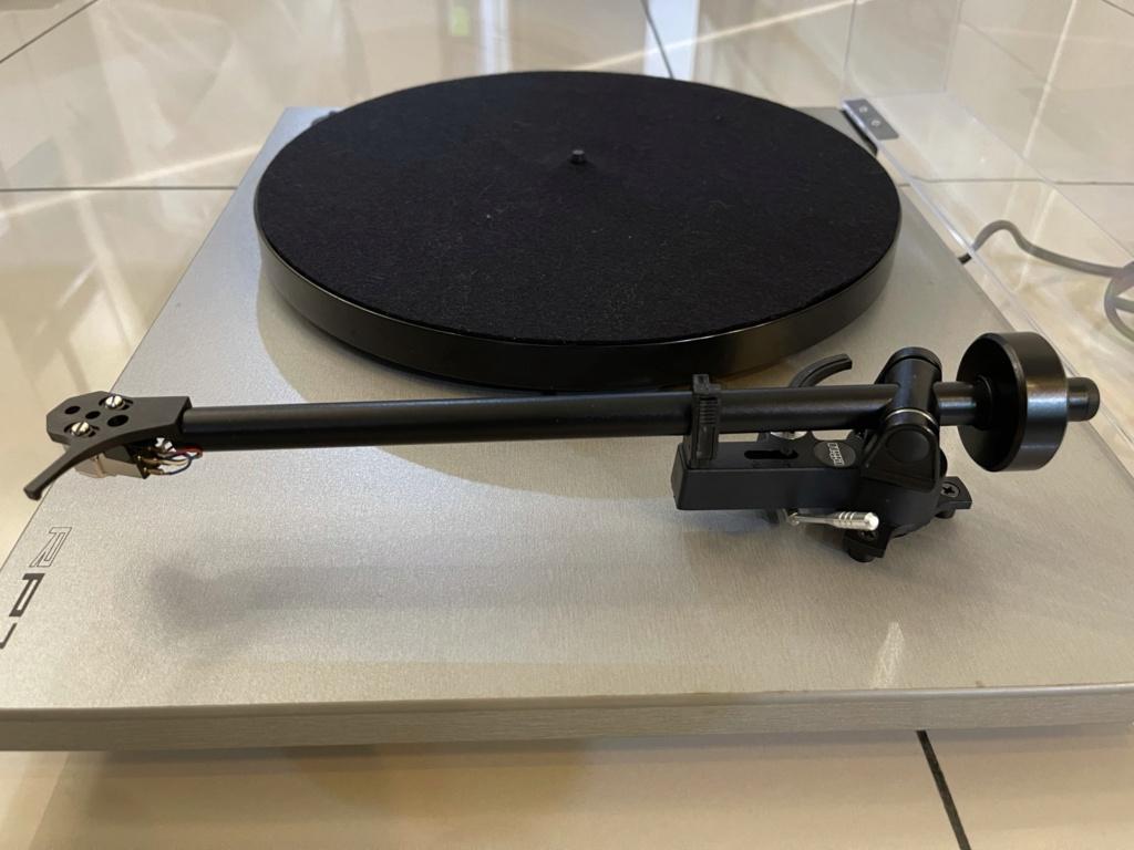 Rega RP1 turntable  1f64f510