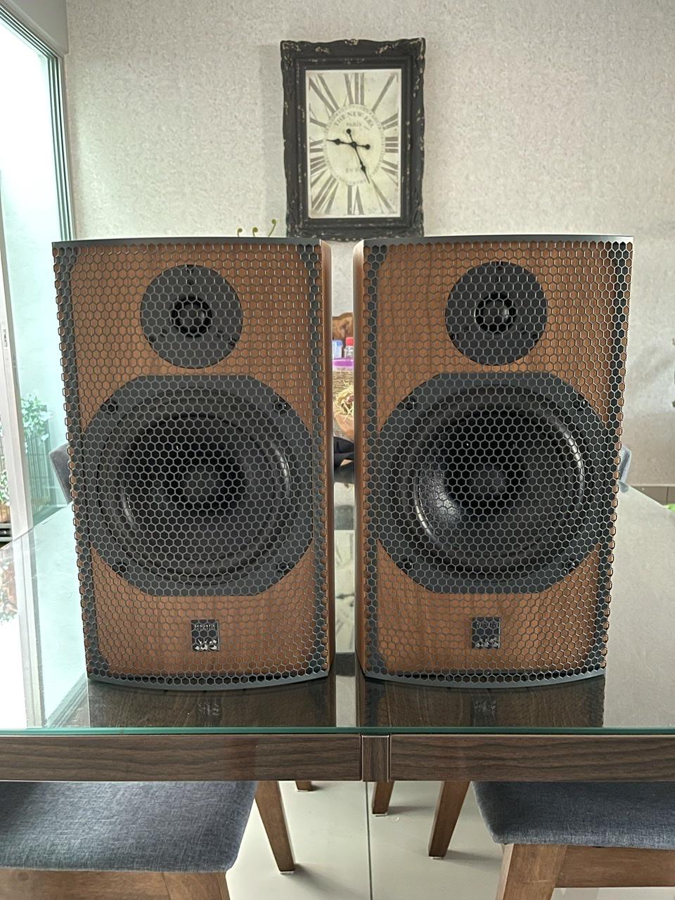 ATC SCM11 speaker  2bd28b10
