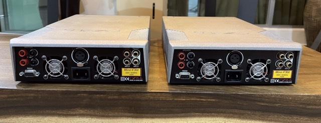 Cyrus Mono X300 power amplifier  4ca68910