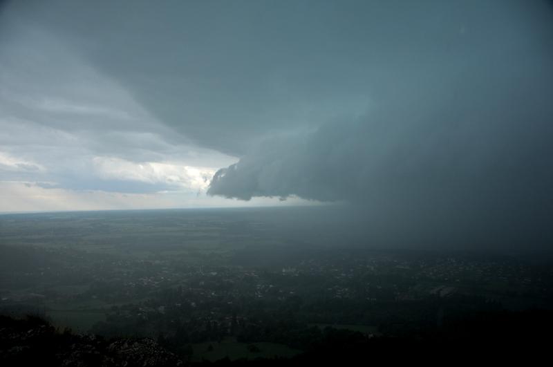 les orages de 2010 Nik_1811