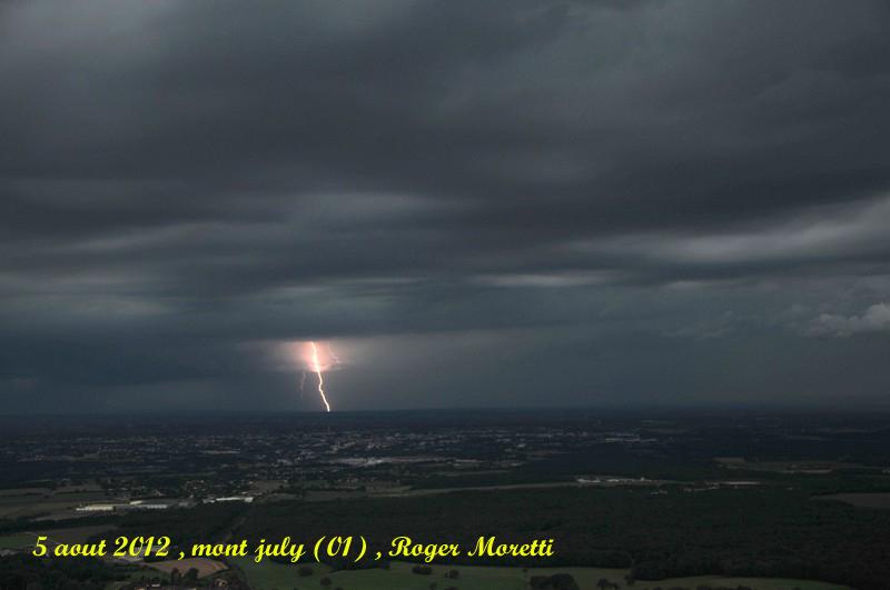 violent orage sur la bresse , 5 aout 2012 Nik_7412