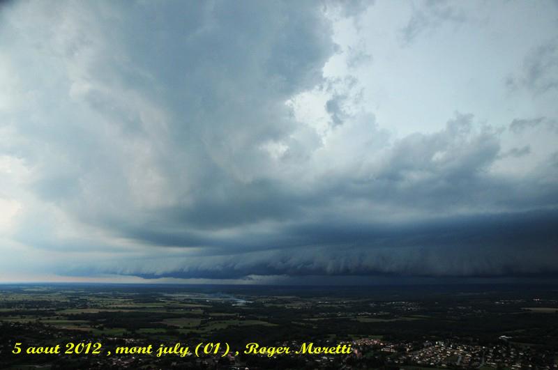 violent orage sur la bresse , 5 aout 2012 Nik_7510