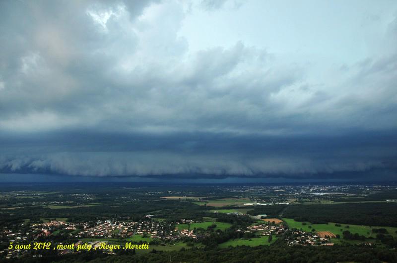 violent orage sur la bresse , 5 aout 2012 Nik_7512