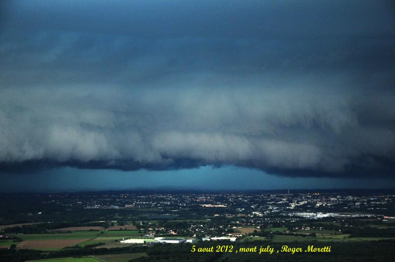 violent orage sur la bresse , 5 aout 2012 Nik_7514