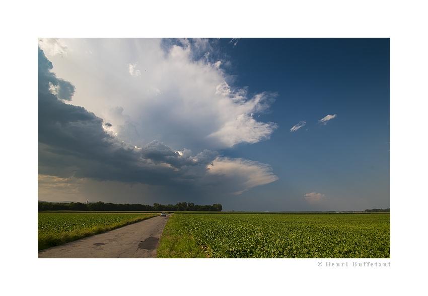 Retrospective, année orageuse 2010... Dsc_2411