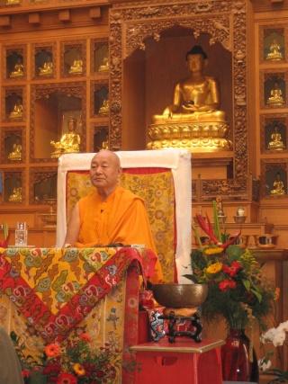 Visite de Lama Yéshé Losal Rinpotché à Bruxelles en septembre 2008 Septem10