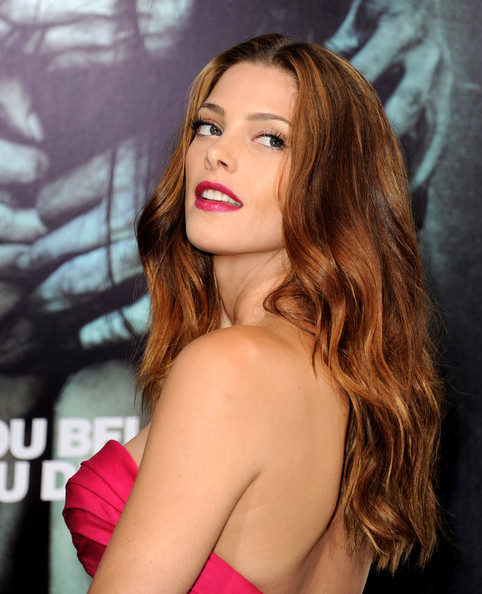 "[23-08-12] Premiere Of Warner Bros. Pictures ""The Apparition"" Ashley46"