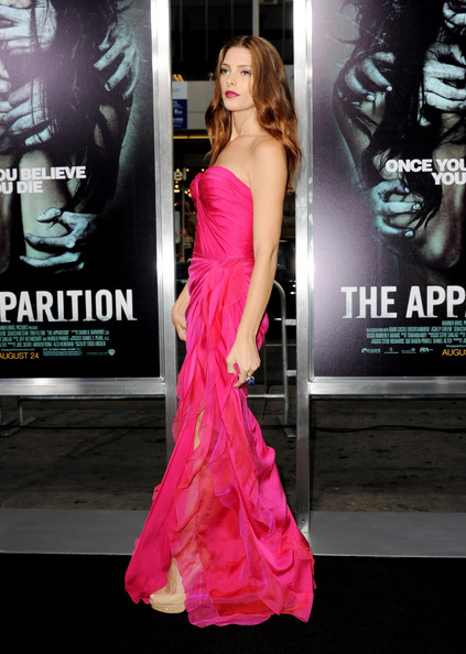 "[23-08-12] Premiere Of Warner Bros. Pictures ""The Apparition"" Ashley51"