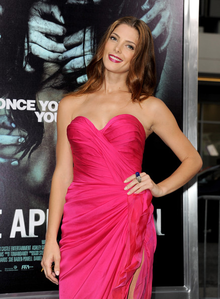 "[23-08-12] Premiere Of Warner Bros. Pictures ""The Apparition"" Ashley52"