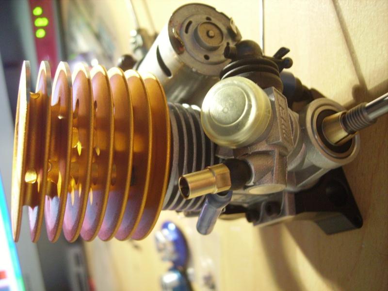 mon revo + moteur d'homme :D Imgp7610