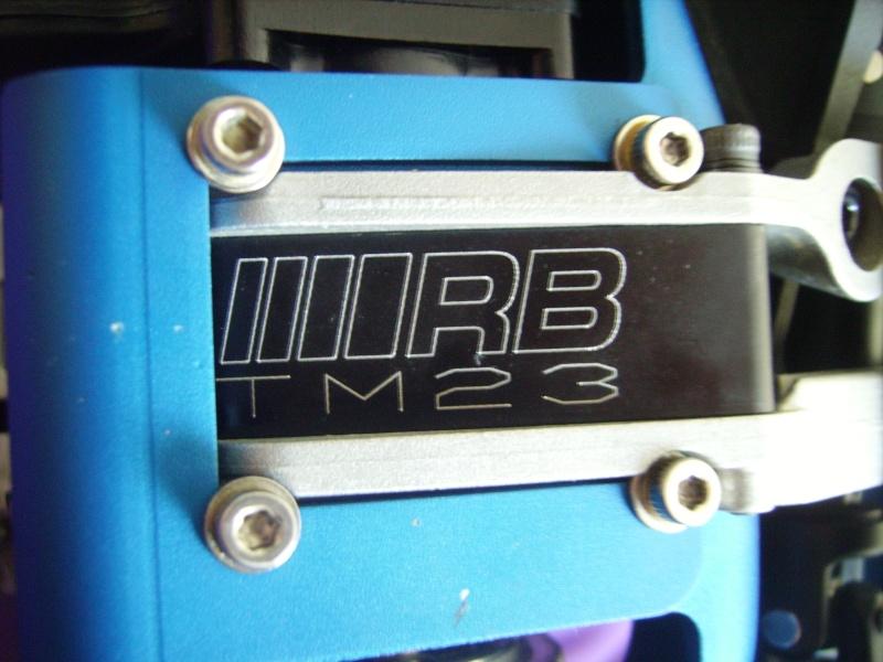 mon revo + moteur d'homme :D Imgp7615