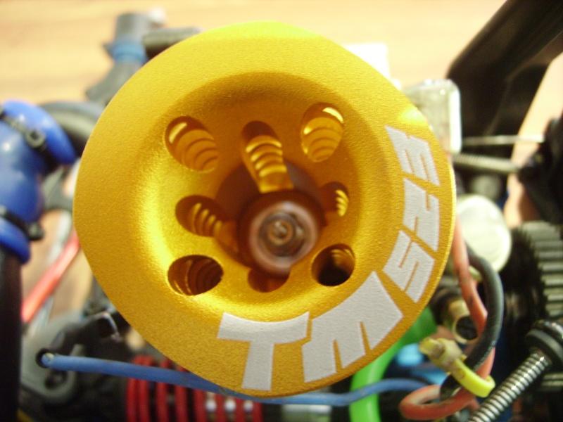 mon revo + moteur d'homme :D Imgp7617
