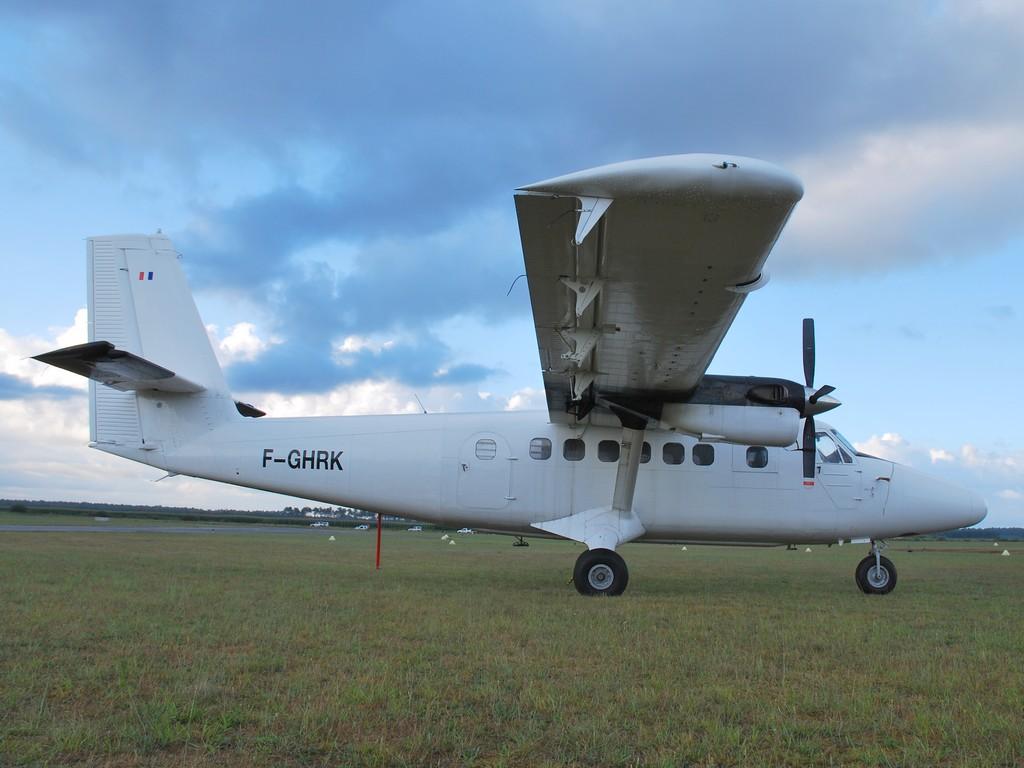 Aérodrome de Mimizan Fghrk10