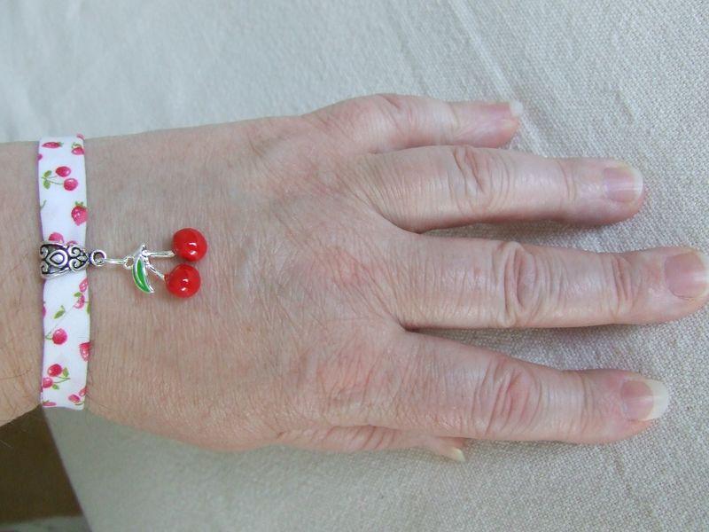 Bracelet liberty bleu Blceri10