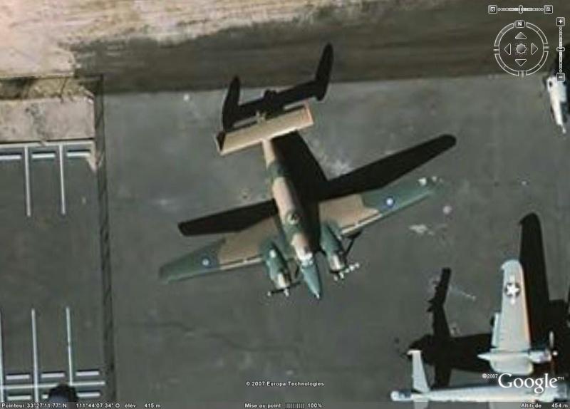 Avions de la seconde guerre mondiale - Page 2 Lochee10