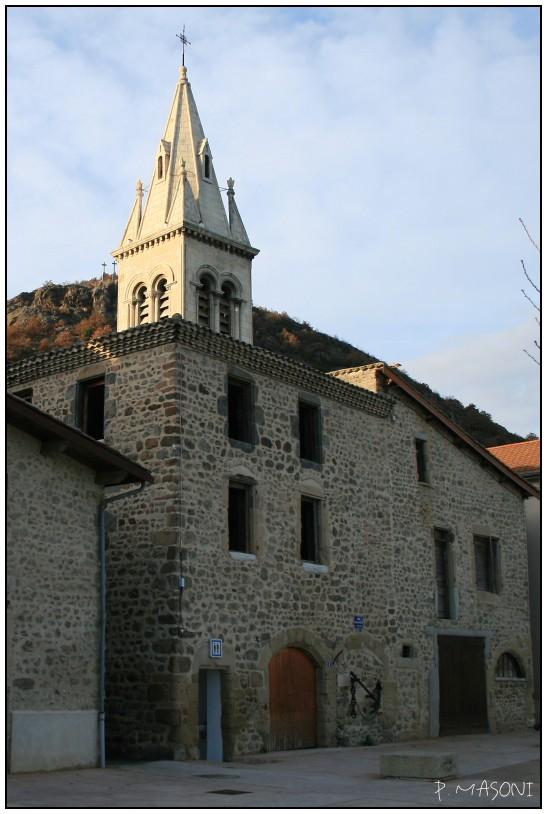 Le cloché du village Pma90510