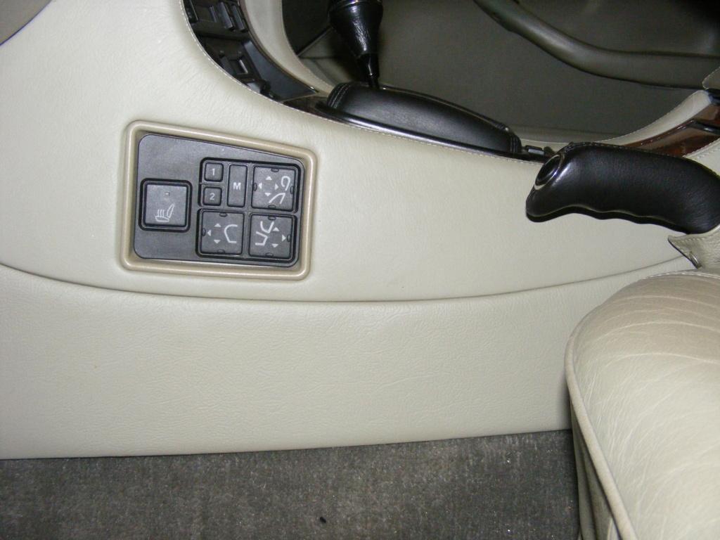 Daimy(Daimler XJ40 1993 4L 226cv ) Dscf4116