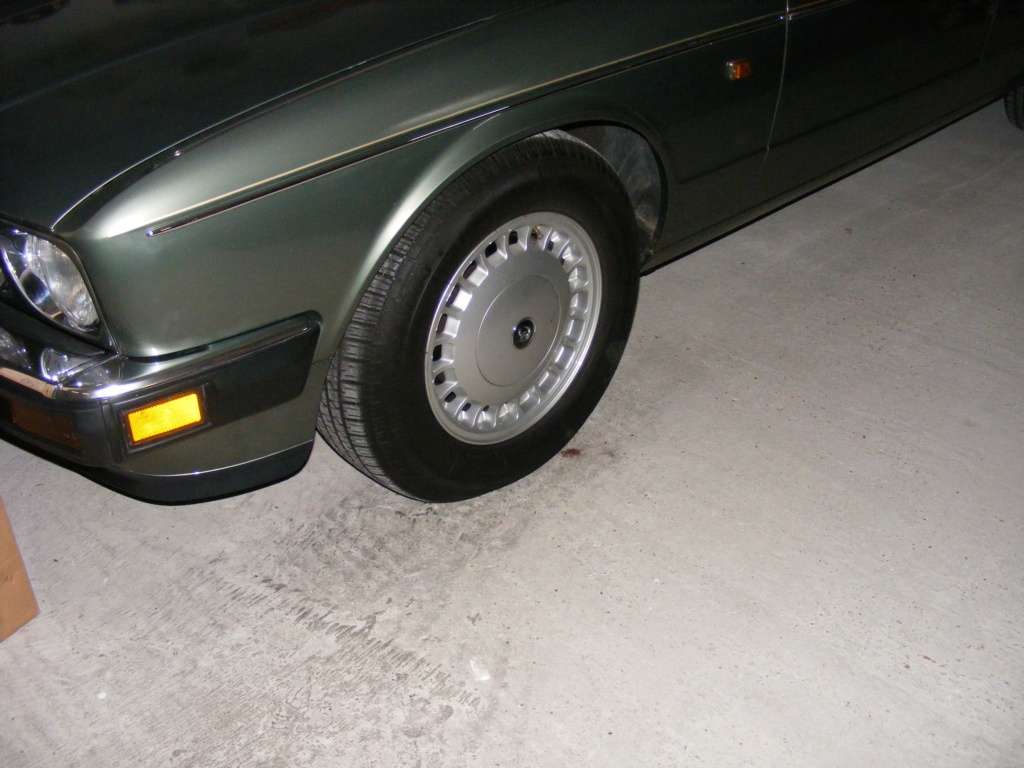 Daimy(Daimler XJ40 1993 4L 226cv ) Dscf4225