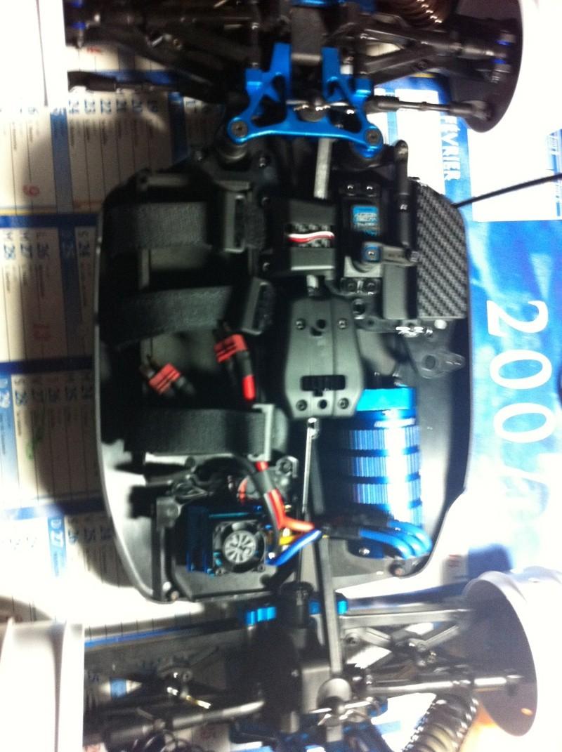 RC8E factory team réplica Img_0220