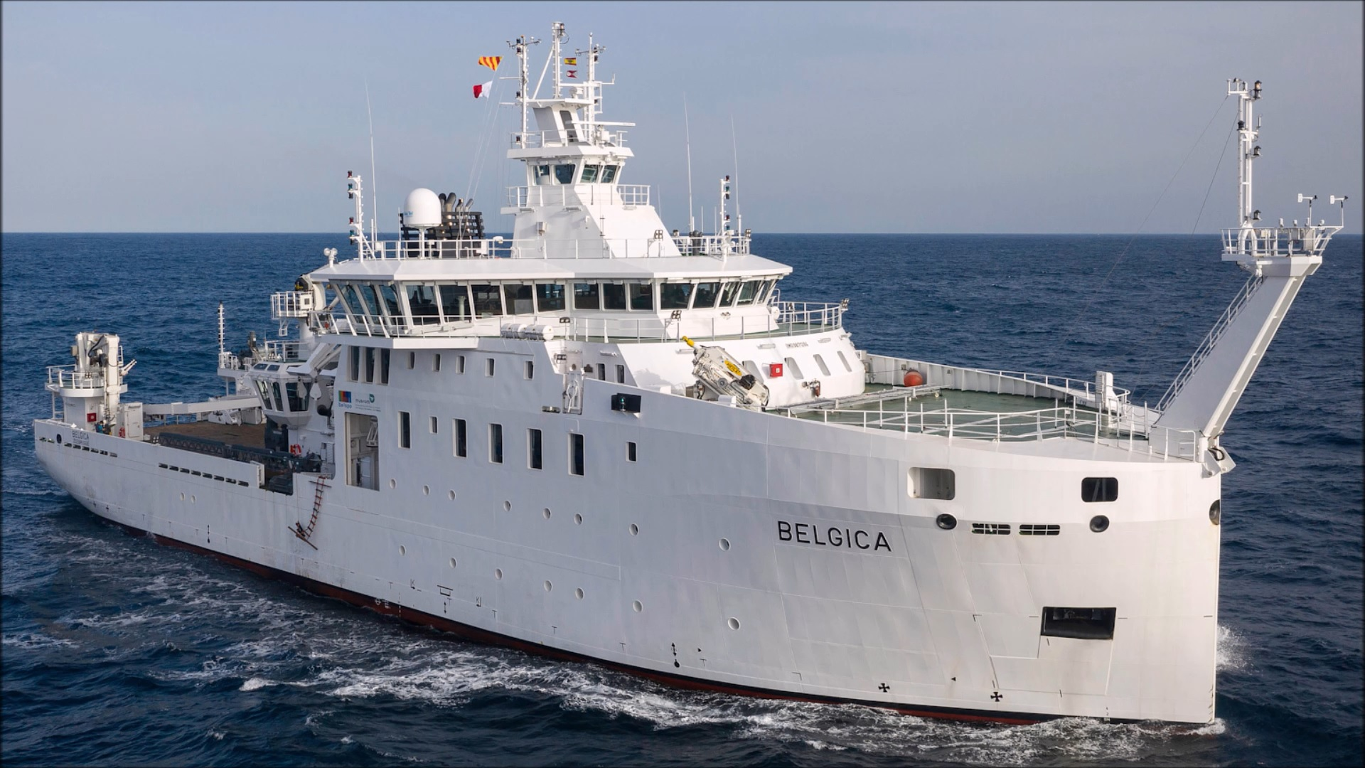 New Federal Research Vessel BELGICA - Page 8 50993310