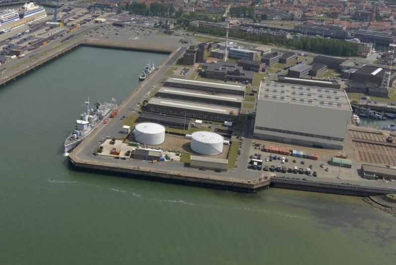 Réaménagement de la base navale de Zeebrugge - Page 3 B9710711