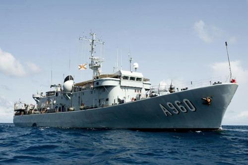 La Marine belge 1er utilisateur d'1 satellite luxembourgeois Godeti10
