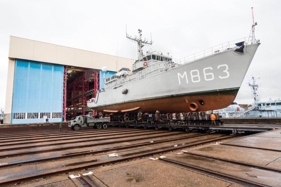 Hangar à navires base de Zeebrugge Scheep10