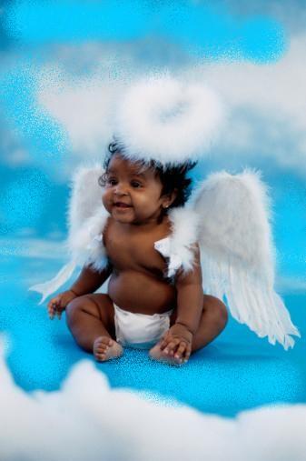 Ange est redevenu bébé pour nous montrer ses belles couleurs on t aime mon ange